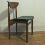 teak-cresent-back-chair