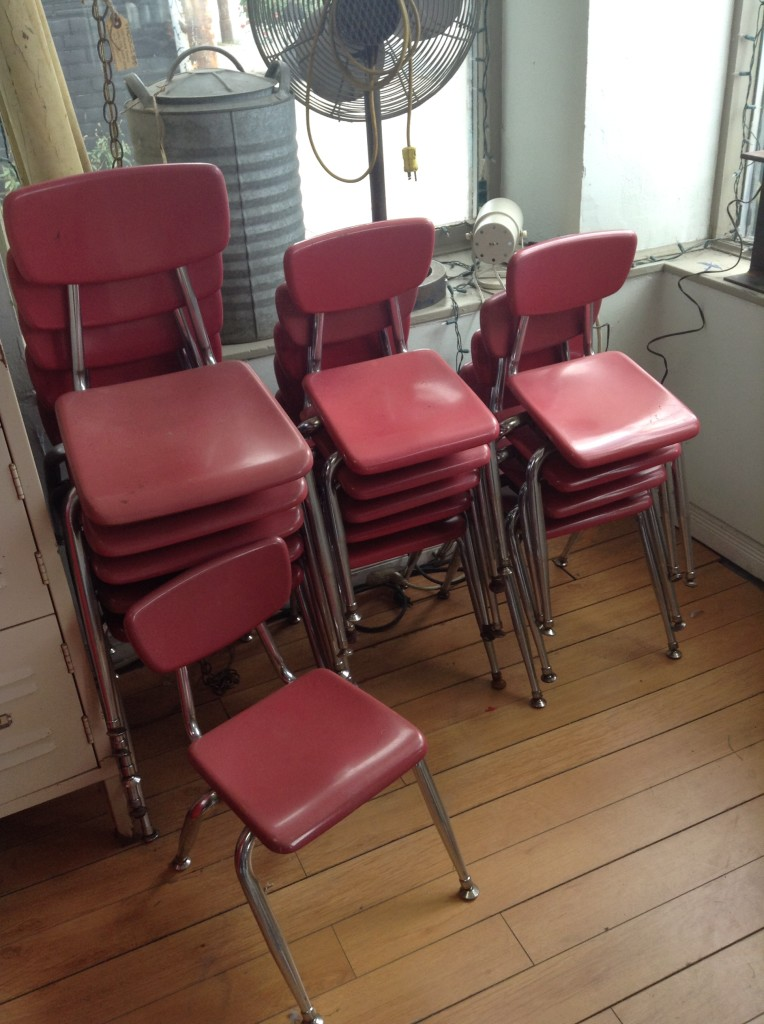 MID CENTURY DAYCARE SCHOOL CHAIR
