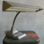 flexarm-office-desk-lamp