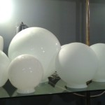 VARIOUS FROSTED AND MILK GLASS GLOBES